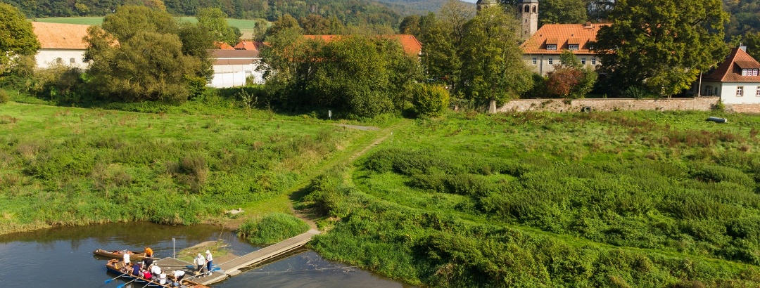 Kanuten auf der Weser bei Bursfelde