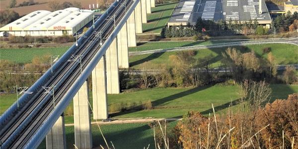 Rundweg Gr 7 ICE-Hügel und Niederfüllbach_Brücke