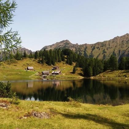 Wandern am Duisitzkarsee in der Steiermark