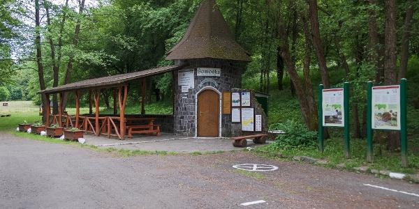 Információs központ a Sátorosbánya feletti parkolónál