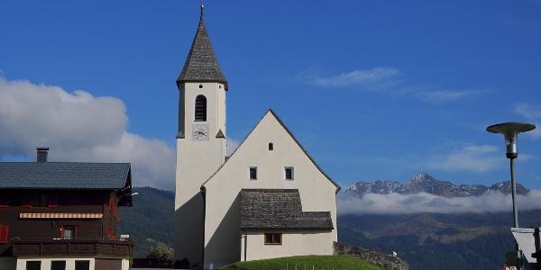 Bartholomäberg, Kuratienkirche zu Unserer Lieben Frau Mariä Unbefleckte Empfängnis und Friedhof 4