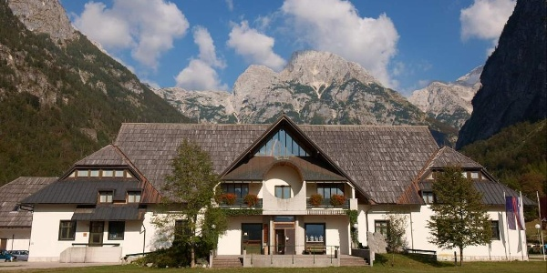 Dom Trenta - Trenta museum & Triglav National park Info Center