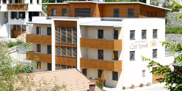Negli Appartamenti Corona a Curon Venosta vi attendono accoglienti appartamenti vacanze!