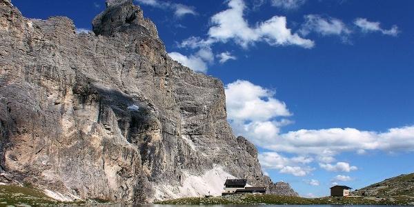 Die Tribulaunhütte, Sandessee und Pflerscher Tribulaun