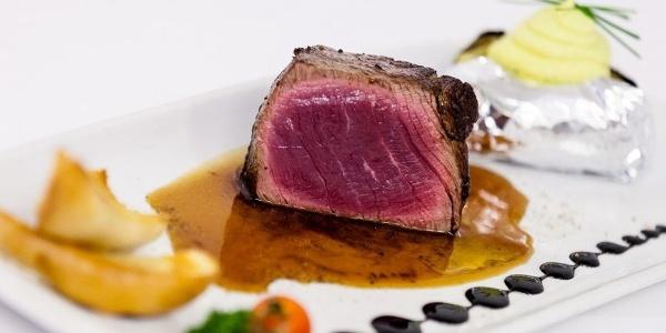 Was haltet ihr von einem zarten Steak oder einem geschmackvollen Filet?