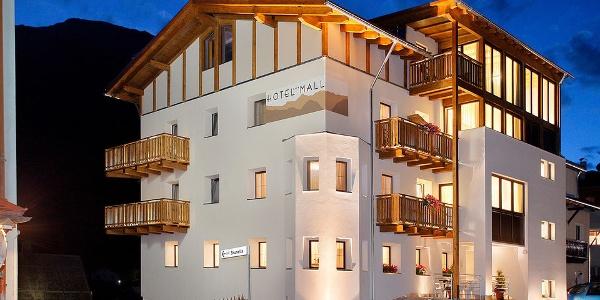 Welcome to the Hotel Mall in San Valentino alla Muta!