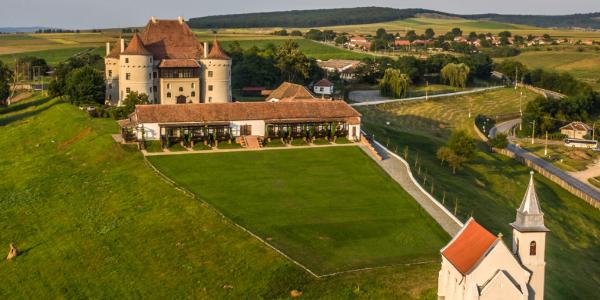 Imagine panoramică a Castelului Bethlen-Haller (Cetatea de Baltă)