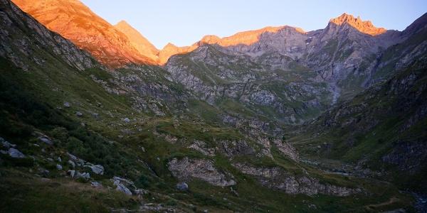 Morgenlicht über dem Valle di Viù