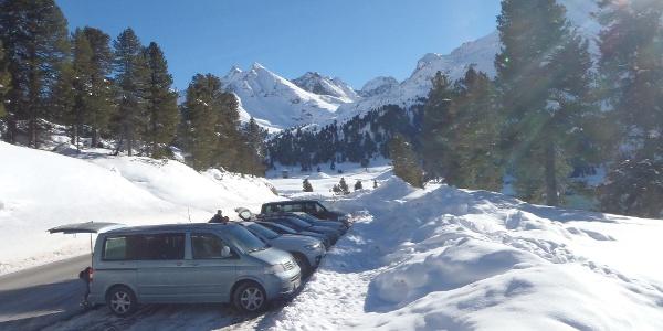 Der geräumte Parkplatz direkt neben dem Speicher Längental