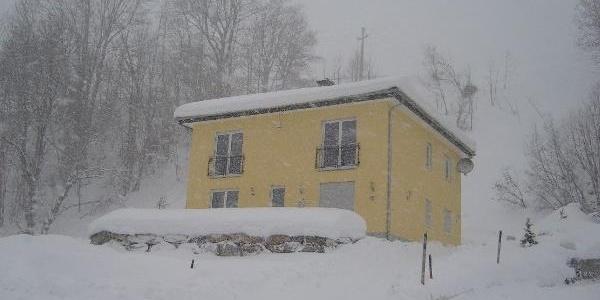 Hausansicht Winter