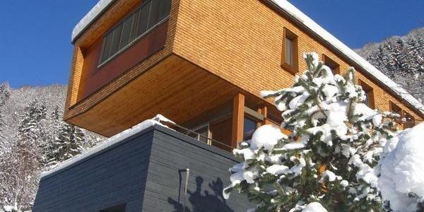 Nahaufnahme Haus - Winter