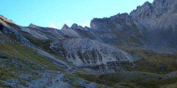 Weg Richtung Stempeljoch und Thaurer Joch Spitze