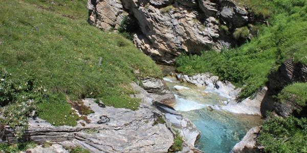 Etappe 3: Alp Tomül, Badebecken
