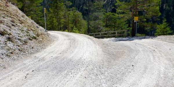 Abzweigung Gleirscherhöhe (rechts halten)