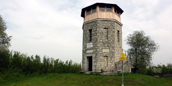 Die Franz-Josef-Warte (Leithagebirge, 443m)