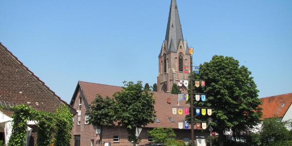 Kirche St. Silvester in Erle