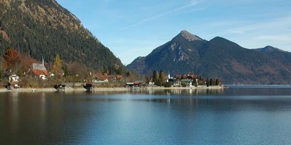 Walchensee mit Jochberg im Hintergrund