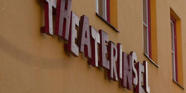 Theaterinsel Rosenheim Außenansicht.