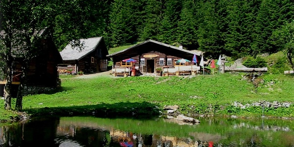Eschachhütt'n, Obertal valley, Rohrmoos, Schladming