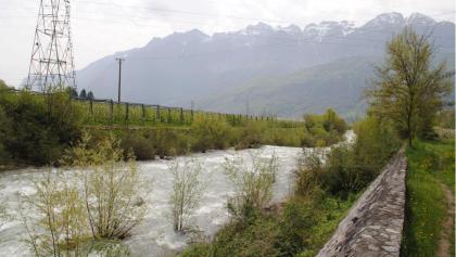 Il punto del torrente Maso dove era collocata la passerella