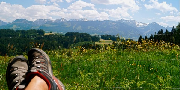 Nature trail in Ofterschwang with stunning views