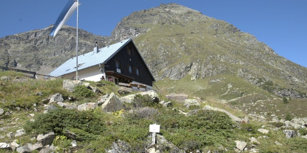 Frischmann Hütte (2.182 m)