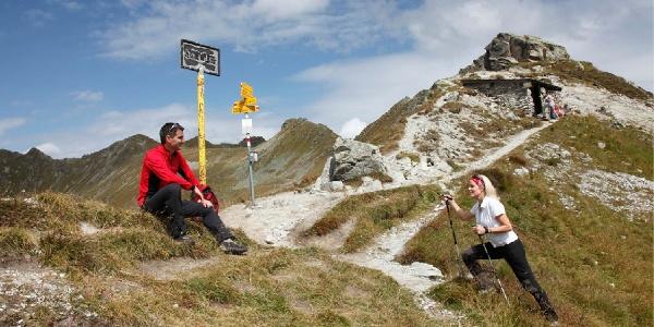 Am St. Antönier Joch - Grenzpunkt zur Schweiz