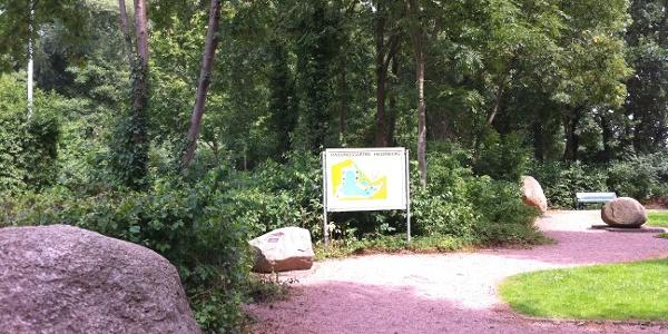 Moor- und Findlingsgarten Hagenburg