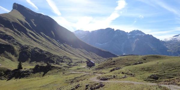 Blick zum Rothorn von der Biberacher Hütte