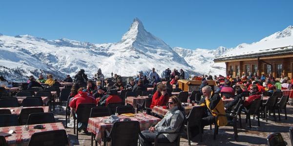 Sun terrace at Sunnegga: the perfect view of the Matterhorn.