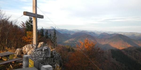 Aussicht vom Hohensteingipfel im Herbst
