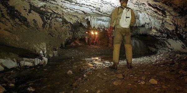 Peștera Comarnic
