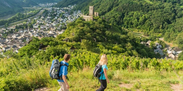 View over to Niederburg Castle and Kobern-Gondorf