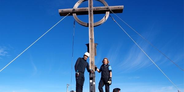 Gipfelkreuz Hochiss 2299 m